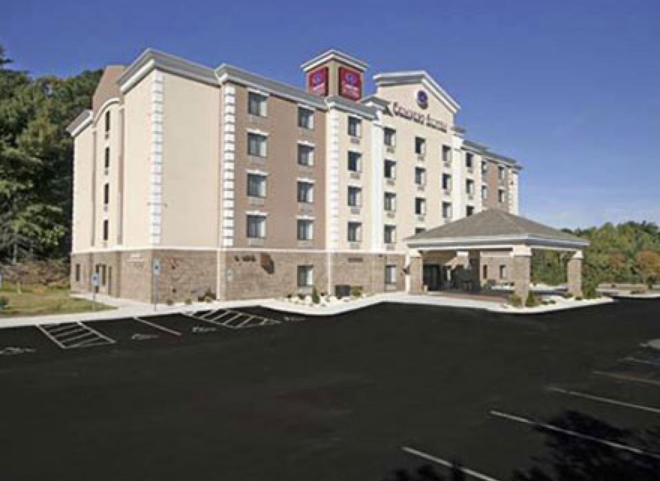 Comfort Suites Four Seasons - Greensboro, North Carolina