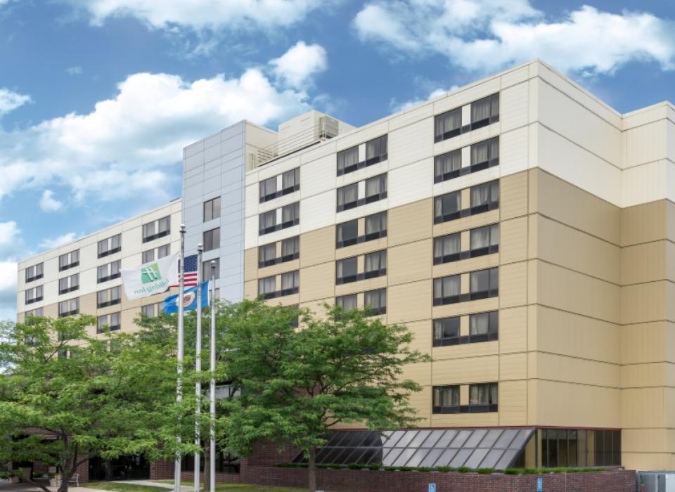 Holiday Inn St. Paul